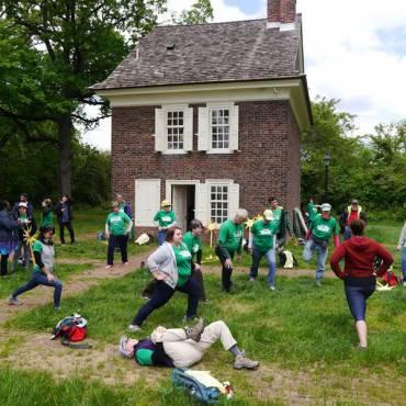 Solar Power Activists Visit the Centennial Parkside CDC
